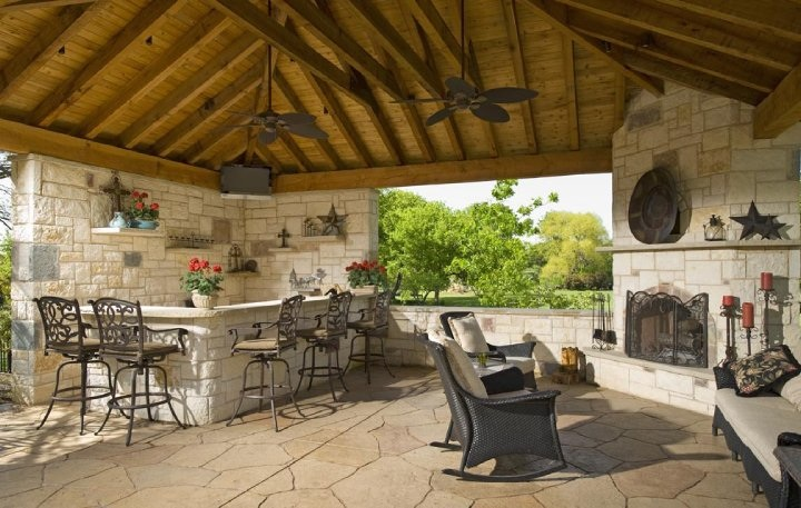 Southwest fence outdoor kitchen fireplace and seating for Outdoor cooking area and fireplace