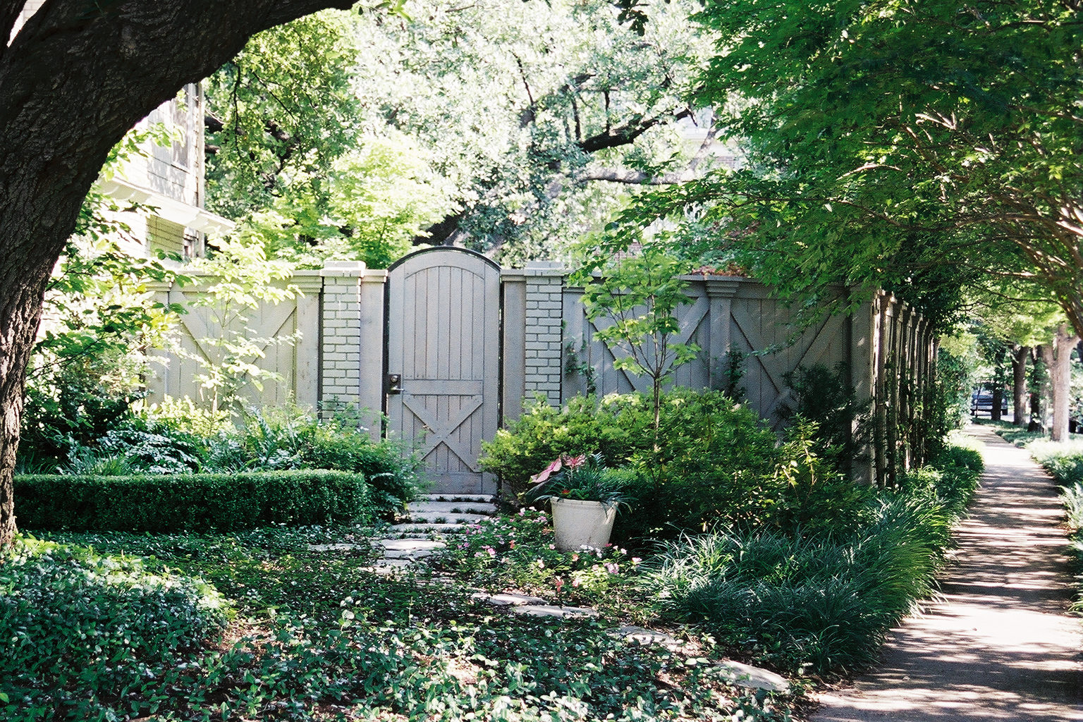 Barn-Inspired Gates and Fences | Southwest Fence & Deck